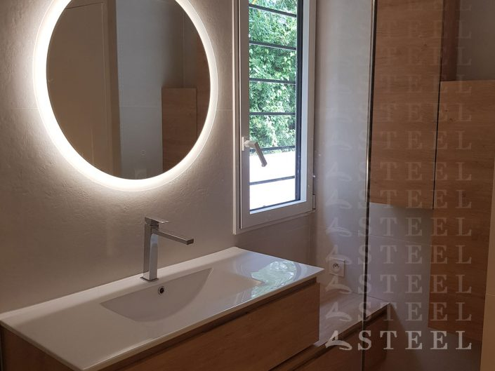 MIROIRE-Renovation.de.salles.de.bains.a.draguignan.trans-en-provence.espace.d-eau.carrelage.douche-italienne