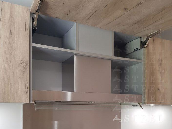 hot.integre.Une-cuisine-qui-adapte-aux-volumes-votre-piece-conception.cuisiniste.draguigan