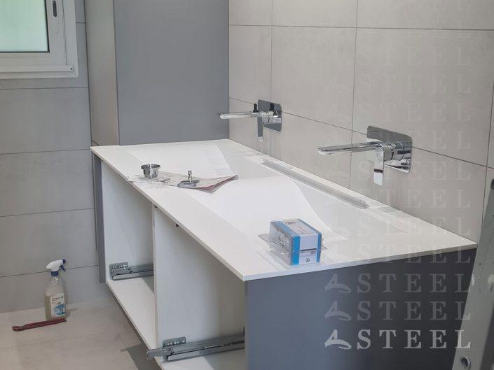 meuble.sur-mesures.vasque.petite.salle.de.bains.moderne.sous.toit.renovation.draguignan.var.provence